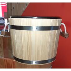 Ведро-запарник Bentwoodна 20 литров для бани и сауны с пластиковой вставкой (смерека)